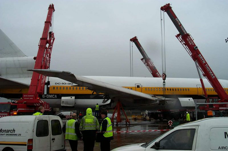 Scrapping of DC10 Aeroplane