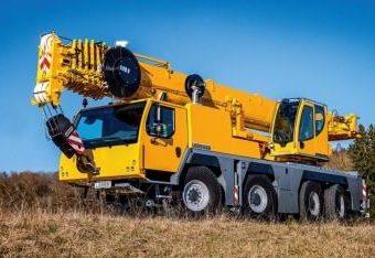 Small Crane Hire Fleet Truck